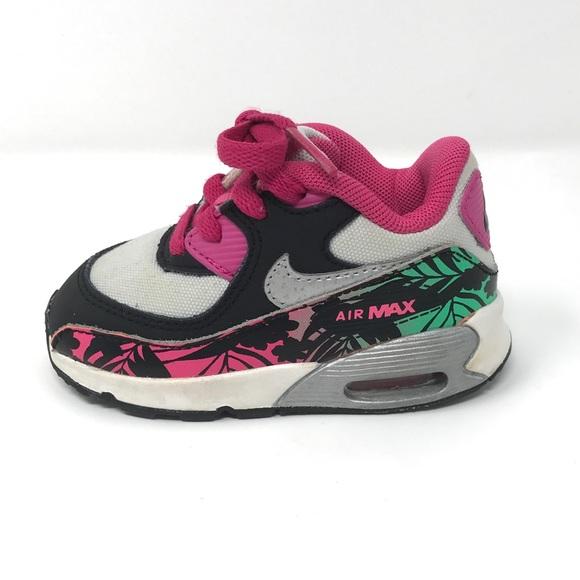 reputable site 37e4d 38e6b Baby Girls Nike Air Max. M 5aba96ff077b97b3faa4ce8d